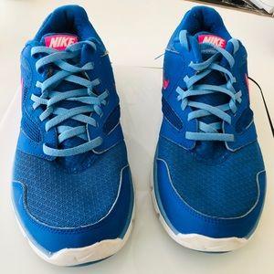 Nike woman's athletic shoe.  Size 8.  Blue.